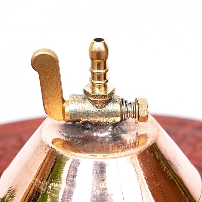 コック付きシロダーラ[高さ:15.5cm x 横幅:11cm 容量:700ml程度]【フック用穴あきタイプ】 4 - コックがついていて、オイルの流れを開閉で操作できます。