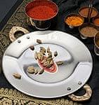 タヴァ槌目仕上げ チャパティやローティ用のフライパン(直径:18cm程度)