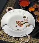 タヴァ槌目仕上げ チャパティやローティ用のフライパン(直径:20cm)