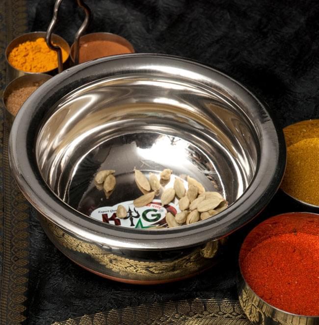 ハンディ - インドの鍋【直径約18cm】の写真