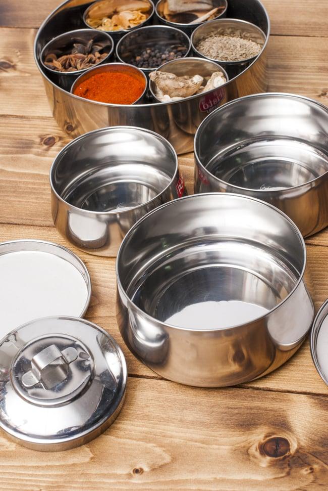 【3段】インドの弁当箱[22cm] 7 - お弁当作りが楽しくなる弁当箱です。