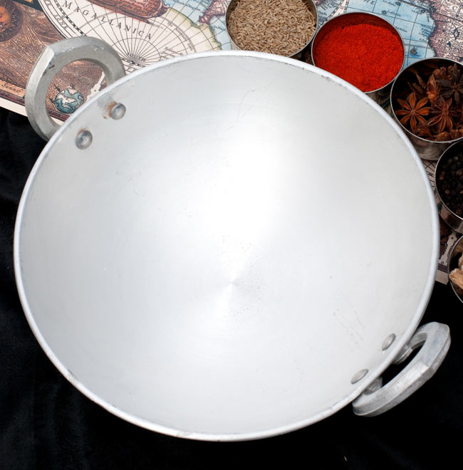 カダイ アルミ製で軽く扱いやすい 【直径26.3cm】 2 - 上からの写真です