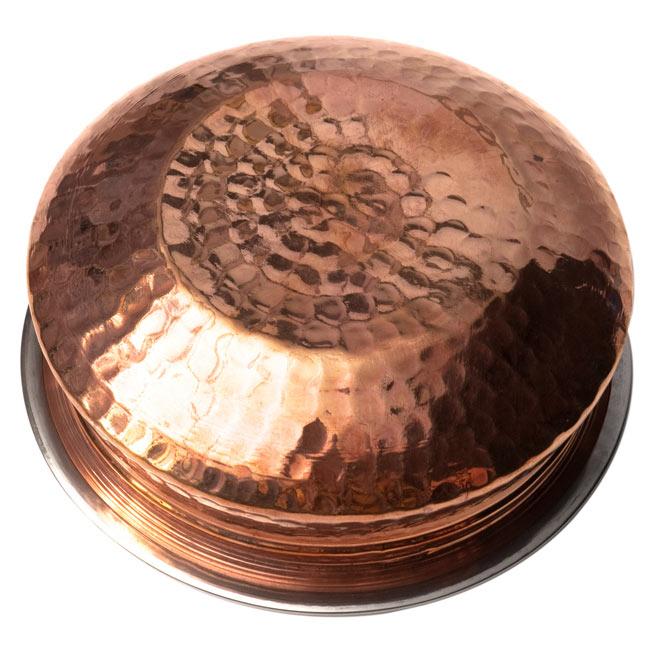カダイ(直径:15.5cm)の写真5 - 裏面です。打ち出しのパターンが美しい一品です