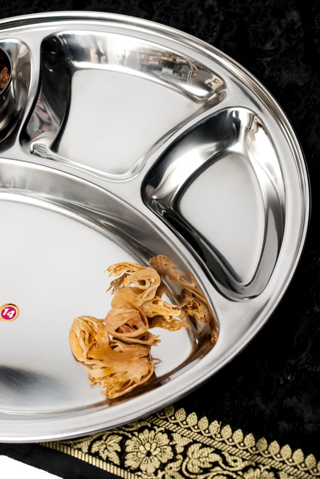 カレー丸皿【32cm】 2 - 斜めから撮影しました