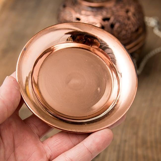 【祭壇用】銅製カトリ(小皿) 【直径:約11cm】 4 - 手で持つとこれくらいの大きさです。