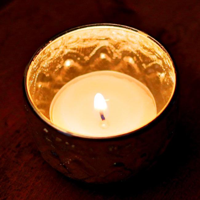 タイの飾りつきアルミボウル(特小:5.5cm) 10 - 同じく【ID-TBLWR-299】の写真です。アルミが輝くのでティーキャンドル入れとしても使えます!