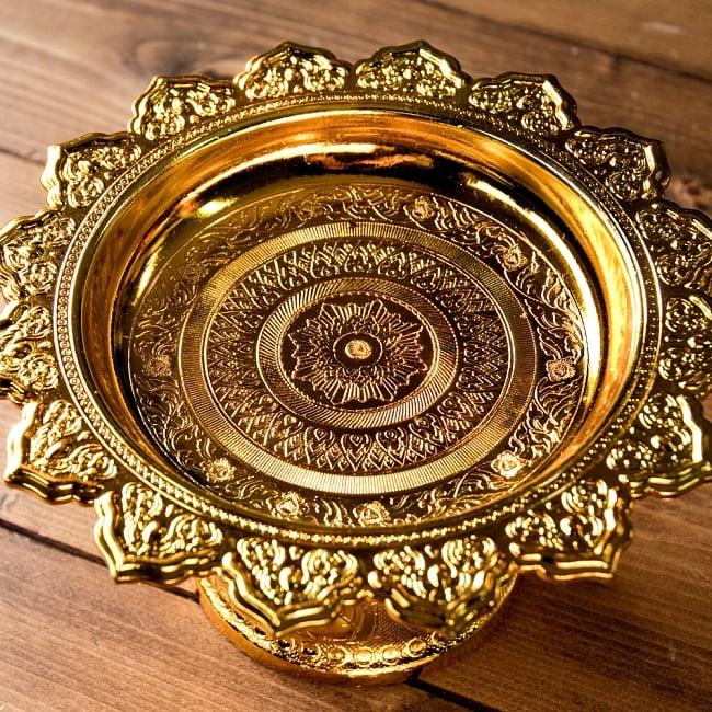 タイのお供え入れ 飾り皿 ゴールドとシルバー〔高さ:約10.5cm 直径:約20cm〕 3 - 上部の写真です