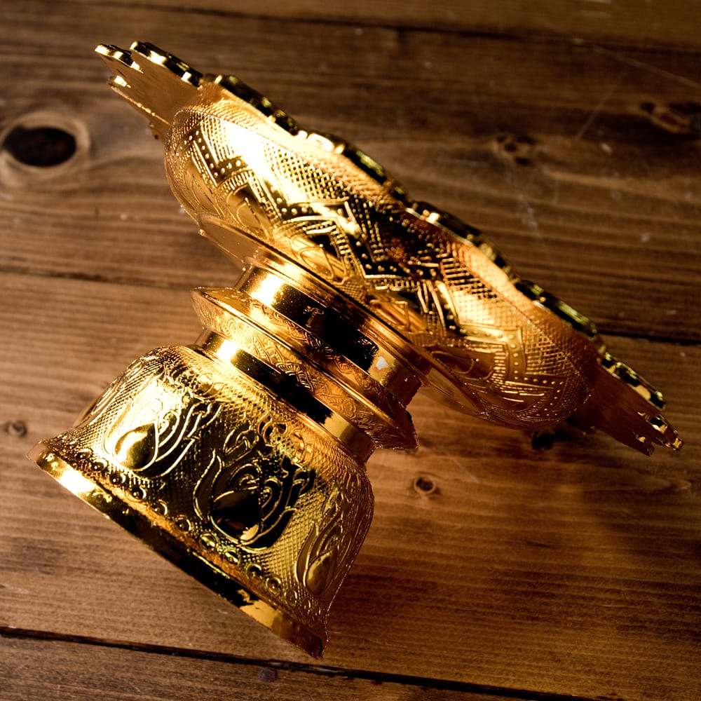 タイのお供え入れ 飾り皿 ゴールドとシルバー〔高さ:約10.5cm 直径:約20cm〕 5 - 横からの写真です