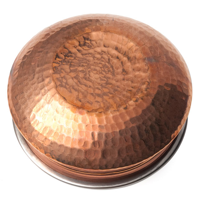 カダイ(直径:約17.5cm) 5 - 裏面です。打ち出しのパターンが美しい一品です