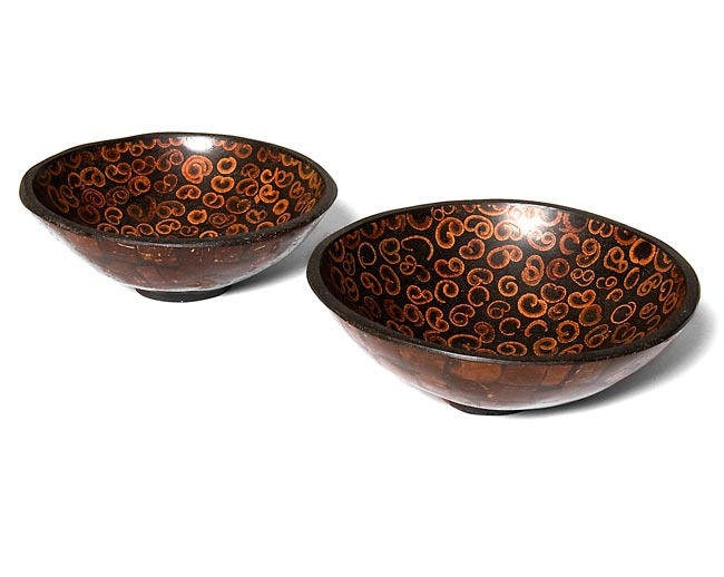 バリのシナモン飾り皿 2枚セットの写真
