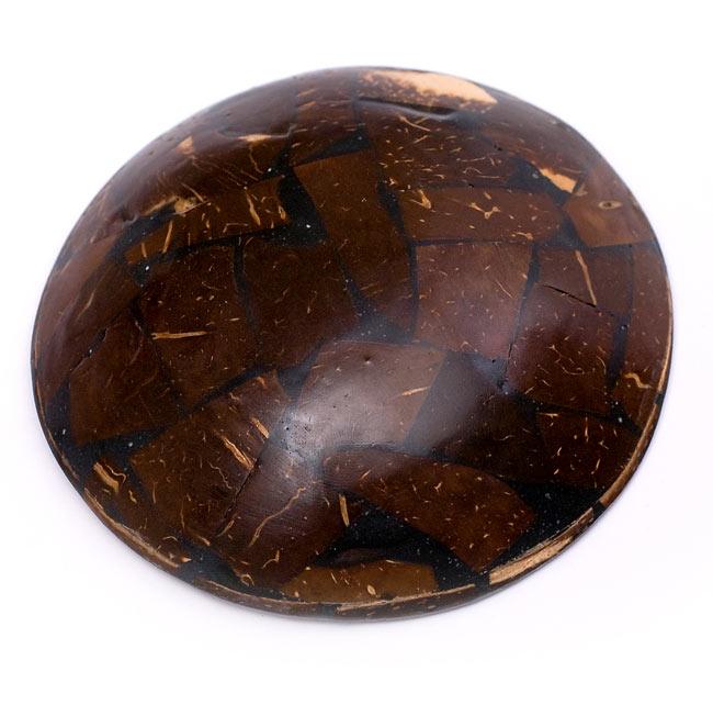 バリのシナモン飾り皿 丸小皿の写真2 - 裏面はこのようになっています