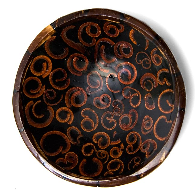 バリのシナモン飾り皿 3枚セットの写真2 - 上から撮影しました