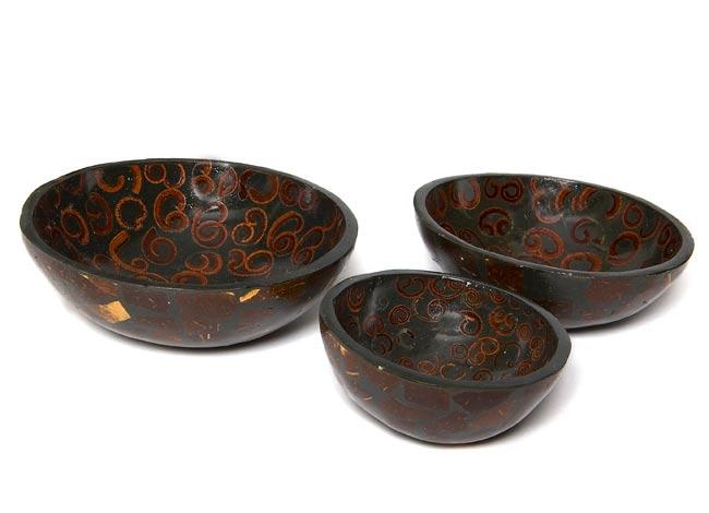 バリのシナモン飾り皿 3枚セットの写真