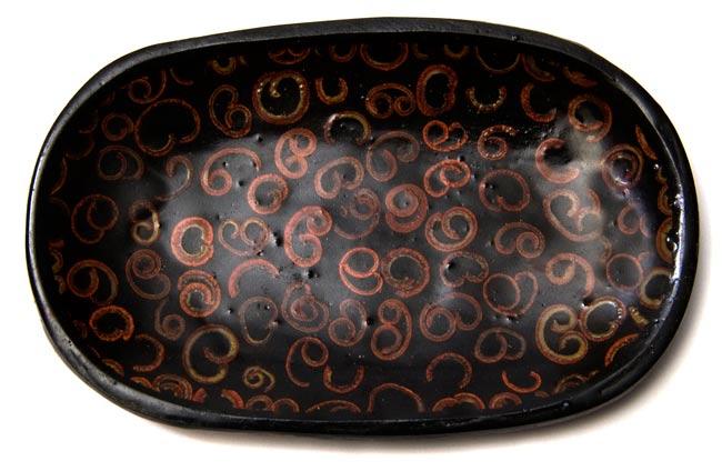 バリのシナモン飾り皿 楕円皿 の写真2 - 上から撮影しました