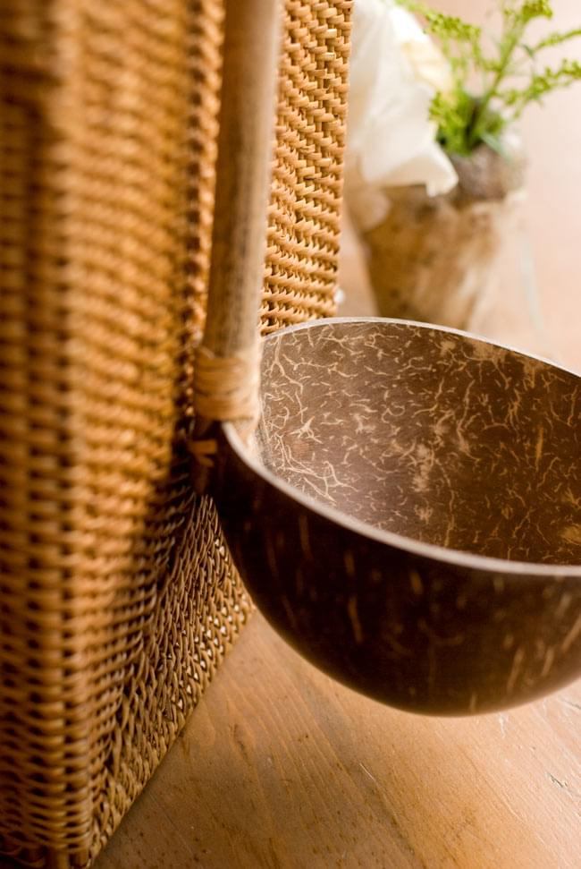 ココナッツのお玉 4 - 天然素材ならではのぬくもりが魅力的ですね。
