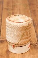 タイの竹製ごはんケース