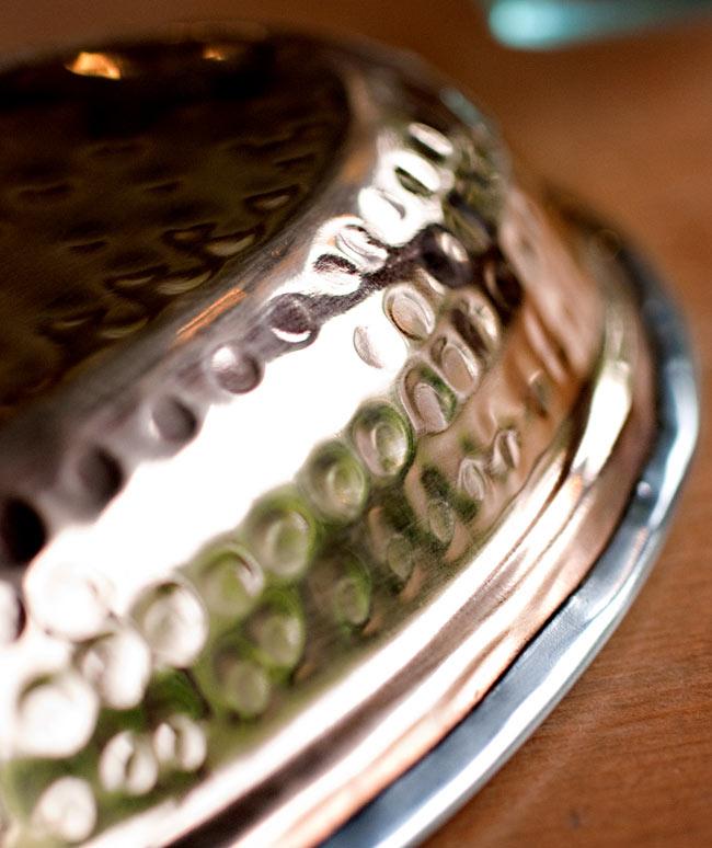 【冷めにくい!二層式】インドのステンレスと銅製 オーバルプレート[約19.2cm×13.2cm]の写真4 - 拡大写真です