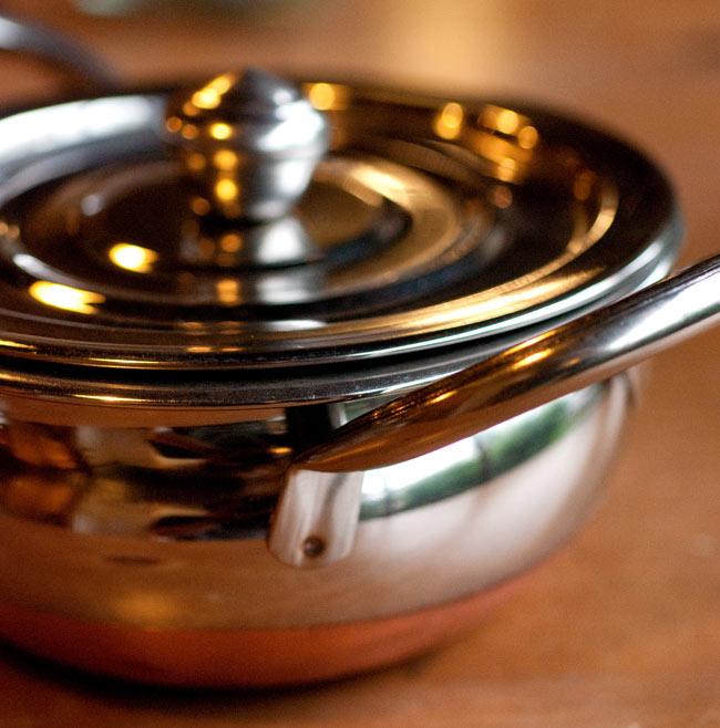 [蓋なし]【持ち手付き】ハンディ - インドの鍋【直径約16cm】の写真4 -