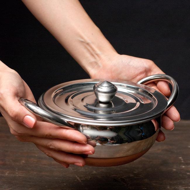 [蓋なし]【持ち手付き】ハンディ - インドの鍋【直径約16cm】の写真6 -