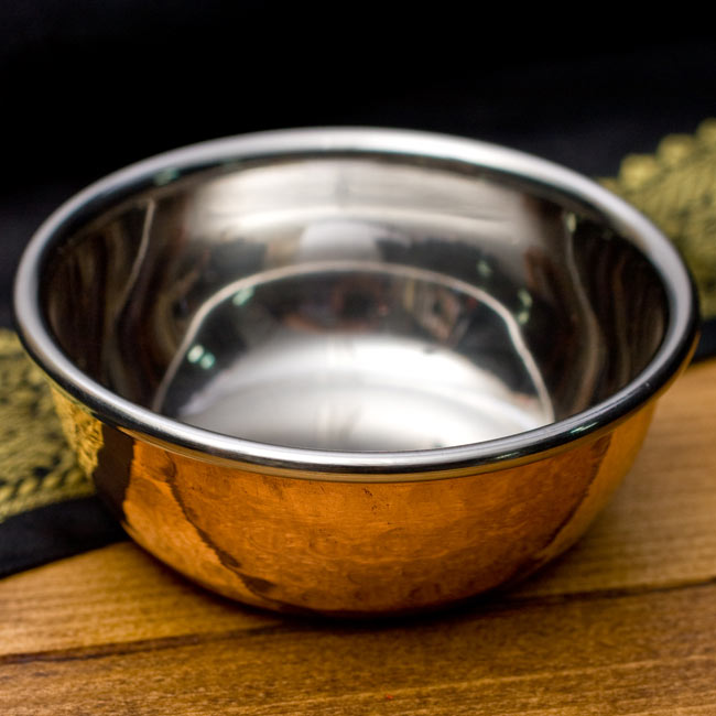 インドの銅装飾 高級カトリ【高さ:3cm×直径:8.5cm】の写真