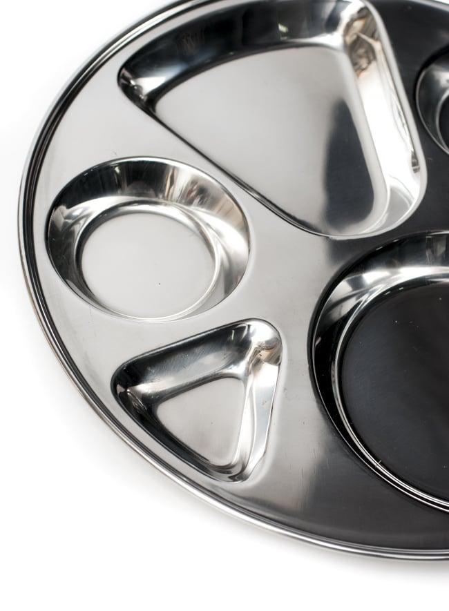 6分割カレー丸皿[直径約32.5cm]の写真5 - 色々な料理を盛りつけてお楽しみください!