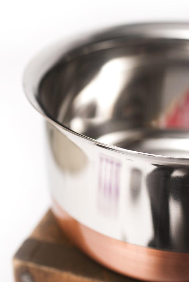 銅装飾付き片手鍋の写真4 - 淵の部分を見てみました。