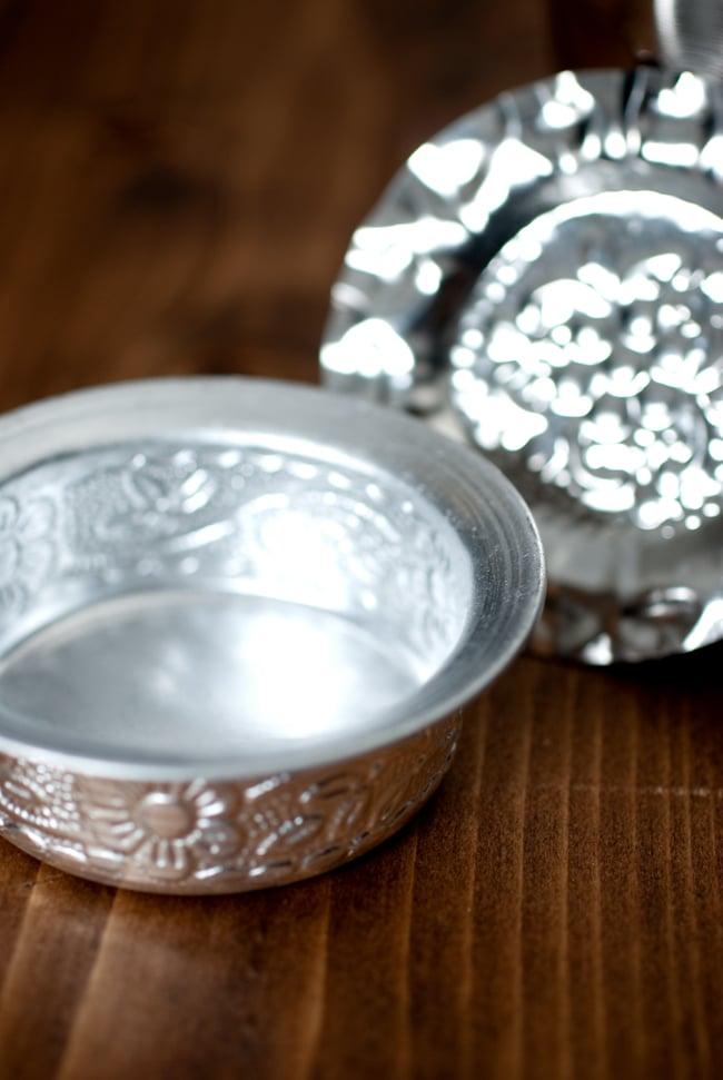 南インド式 コーヒーソーサーとコースターセット[アップサイクル品] 【直径:約6.4cm】の写真3 - フチの拡大写真です
