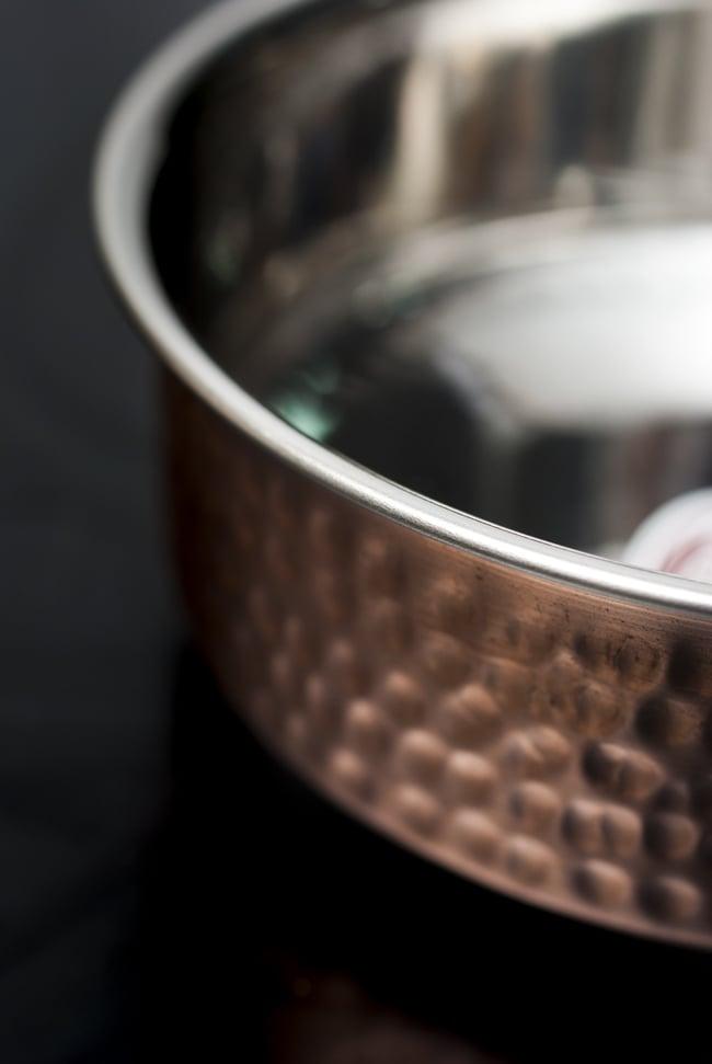 槌目付き 銅装飾のロイヤルソースパン(16.5cm×5cm)の写真2 - 縁の部分を見てみました。