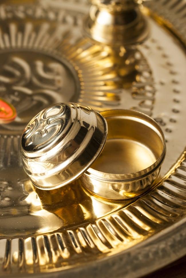 【祭壇用】礼拝皿 香立て・オイルランプ付き【直径:約25cm】 4 - 没薬などを入れる小さな器です。