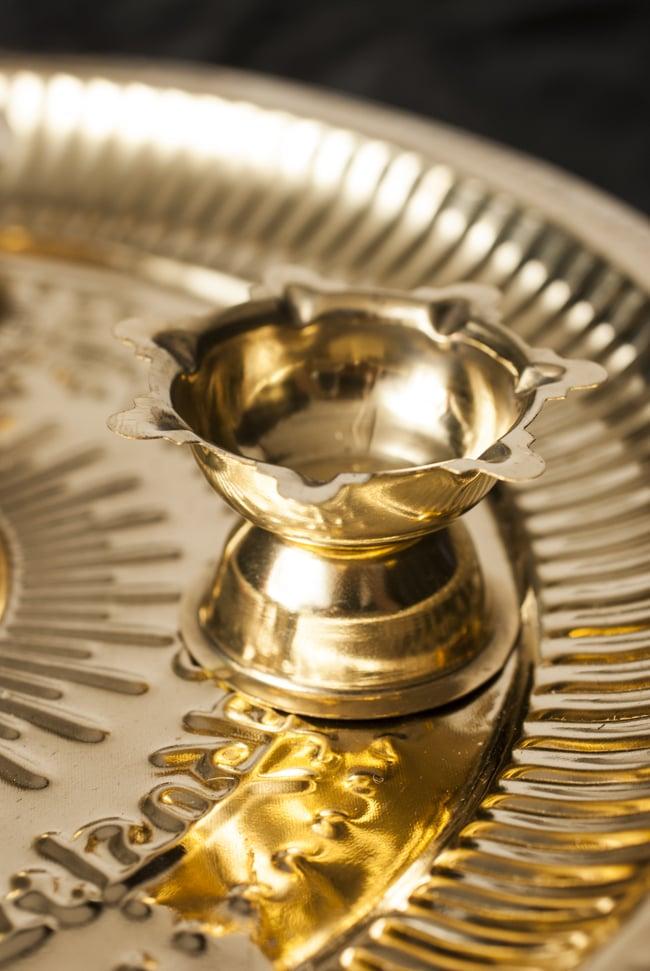 【祭壇用】礼拝皿 香立て・オイルランプ付き【直径:約25cm】 5 - オイルランプです。いずれもお皿に固定されています。
