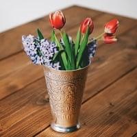 インド伝統唐草エンボスの花瓶