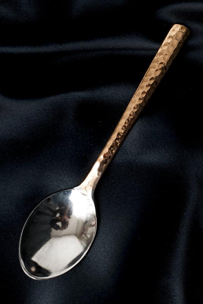 銅装飾槌目仕上げティースプーンの写真