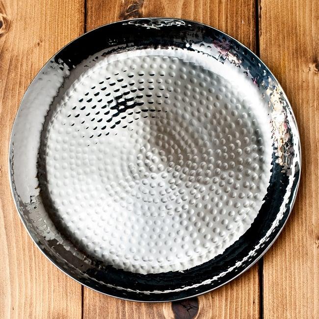 槌目仕上げのラウンドターリー[約22.5cm]の写真