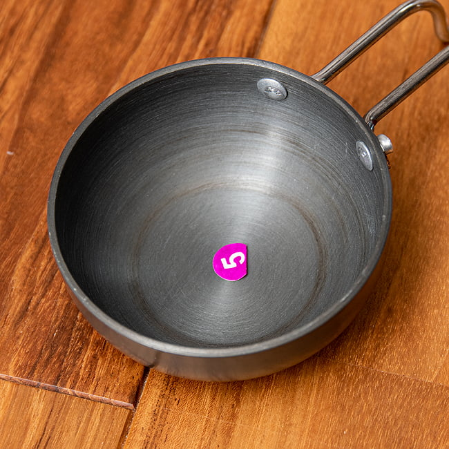 ミニタルカパン - 黒 ノンスティック【約26cm】インド料理でスパイスをテンパリングする調理器具 2 - 拡大写真です