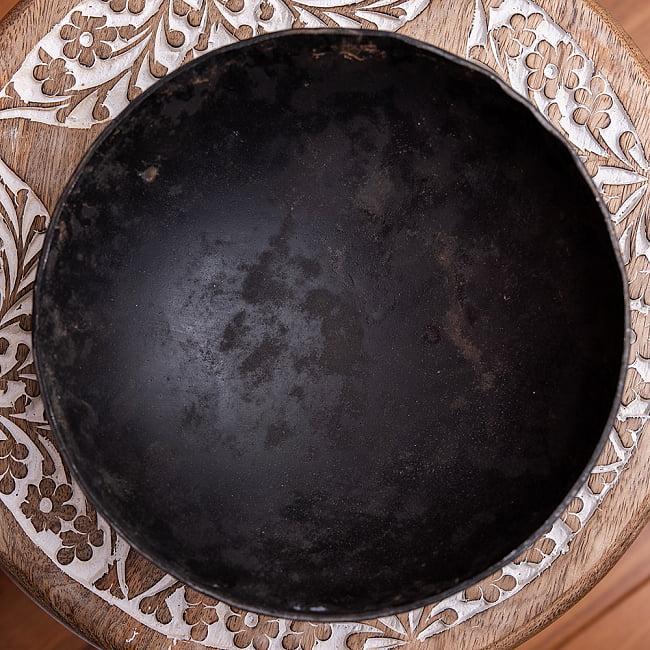 メヘンディボウル ヘナパウダーを混ぜる鉄鍋【約:18cm】 3 - 上からの写真です
