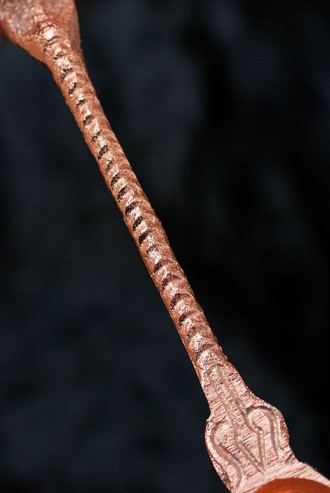 【祭壇用】聖なる蛇モチーフのブラススプーン 3 - 柄の部分になります。