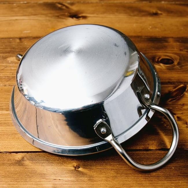 インドの食器&鍋 アルミニウム カダイ 【直径22cm】の写真5 - 手持ち部分の拡大写真です