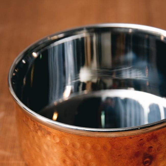 槌目付き 銅装飾のロイヤルソースパン(12.8cm×5.4cm) 4 - 縁の写真です