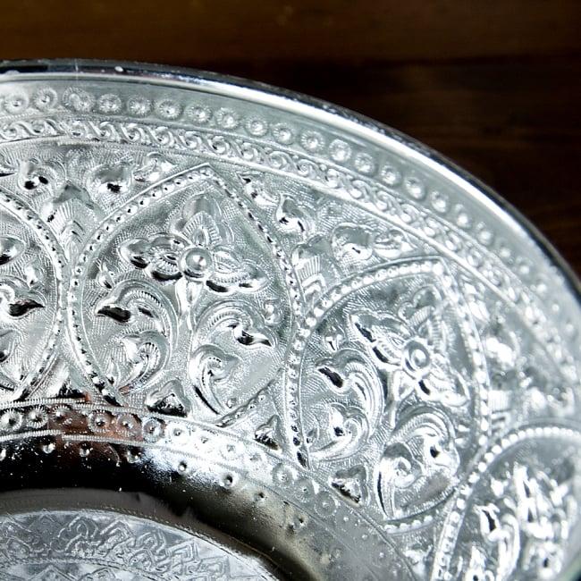 タイの飾りつきアルミボウル(特大:18cm) 3 - エンボスが綺麗です