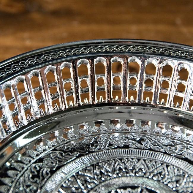 タイのお供え入れ 飾り皿 ゴールドとシルバー〔約16.5cm〕 5 - 縁の写真です