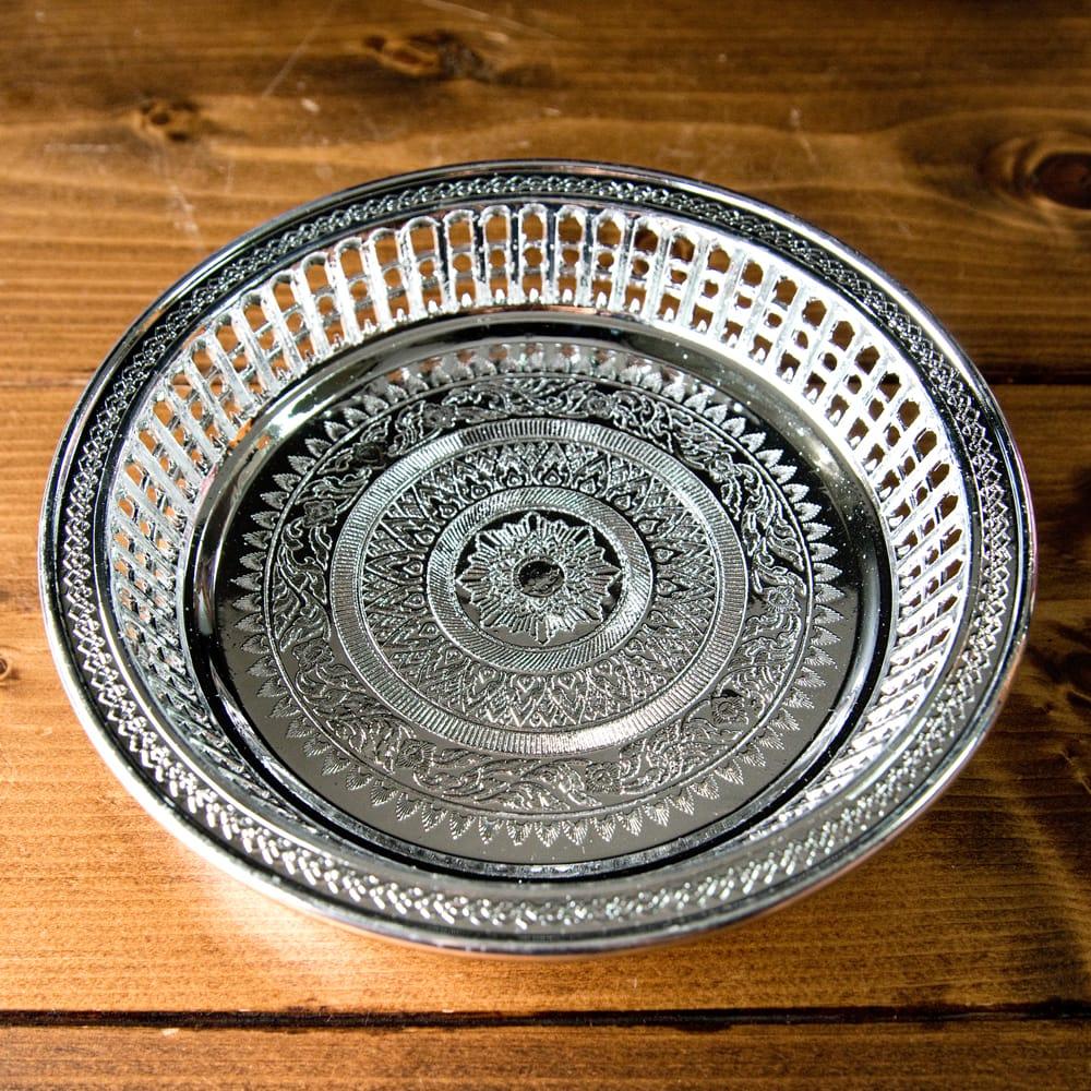 タイのお供え入れ 飾り皿 ゴールドとシルバー〔約16.5cm〕の写真