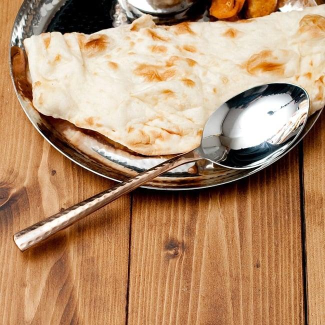 銅装飾槌目仕上げ カレースプーン 6 - インド料理はもちろん、普段のテーブルコーディネートに。