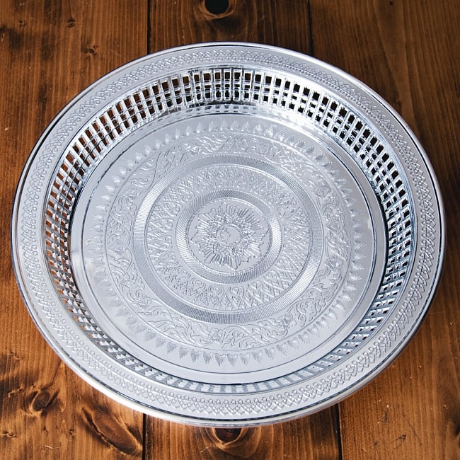 タイのお供え入れ 飾り皿 ゴールドとシルバー〔約31.5cm〕 2 - 【選択:B】シルバーの写真です。