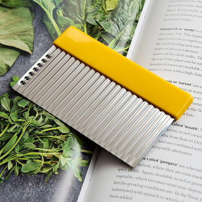 色彩豊かなタイの細切りスライサー付きジグザグカッター 8 - 【選択C:黄色】