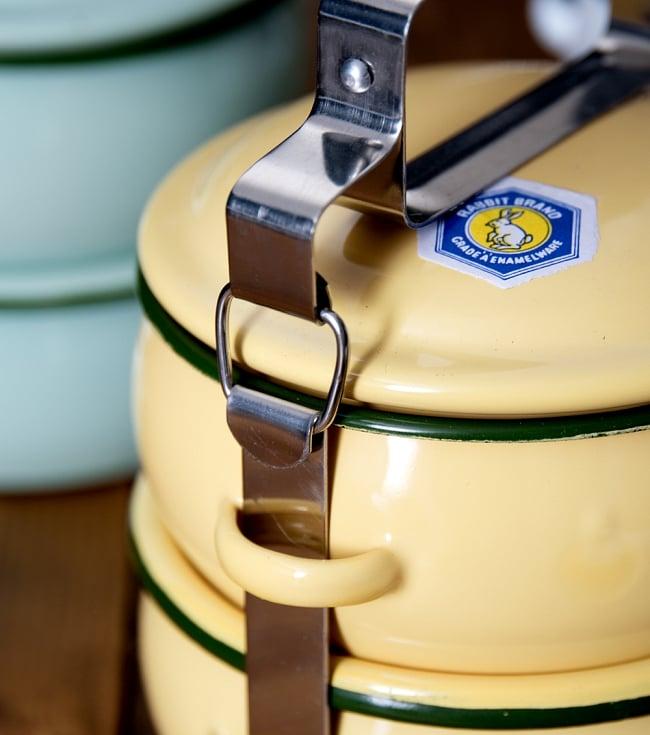 〔2段〕RABBIT BRAND タイのレトロホーローお弁当箱〔約17cm×約13.2cm〕 6 - こちらが留め金部分になります