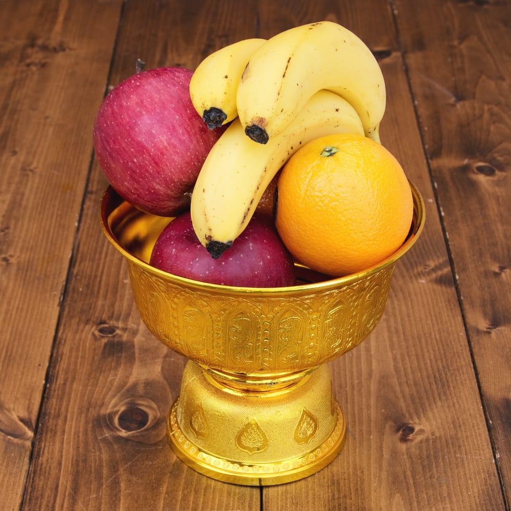 タイのお供え入れ 飾り器 ゴールドとシルバー〔高さ:約16cm 直径:約18cm〕 10 - 深さもあるので色々入りますよ