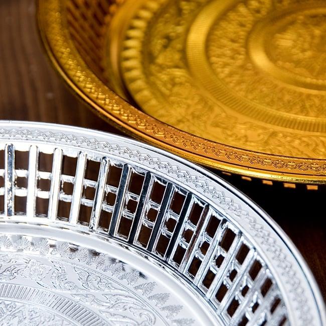 タイのお供え入れ 飾り皿 ゴールドとシルバー〔約23.5cm〕 6 - フッチの拡大写真です