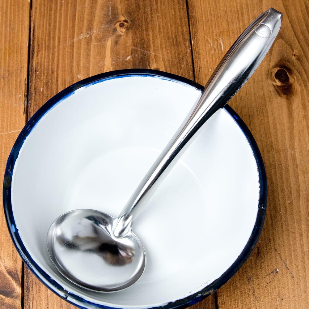 フック付きタイのお玉 約40ml 調味料をすくうのに便利の写真