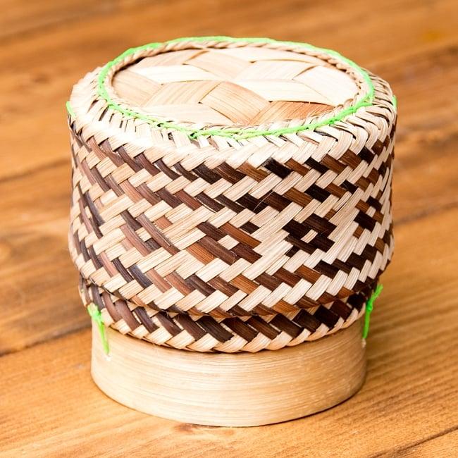 タイの竹製ごはんケースの写真