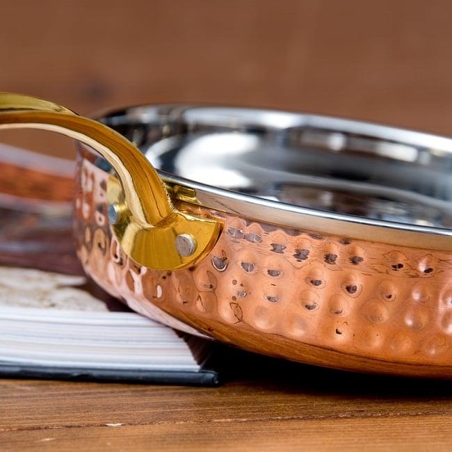 槌目付き 銅装飾のロイヤルソースパン(約16cm×4cm) 3 - とても綺麗な見た目をしています